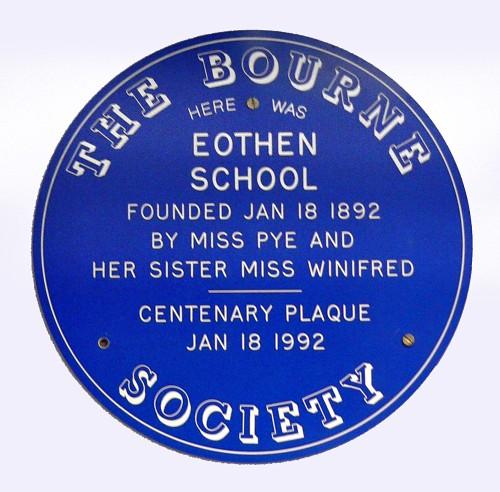 07-Caterham-Eothen-School-P1070183-small