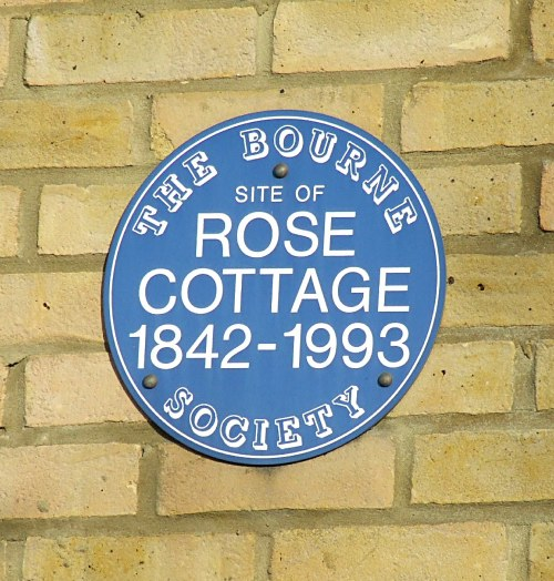 blue-plaque-10-rose-cottage-whyteleafe